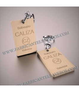 Llaveros Personalizados de Madera 52x32mm  5mm grosor